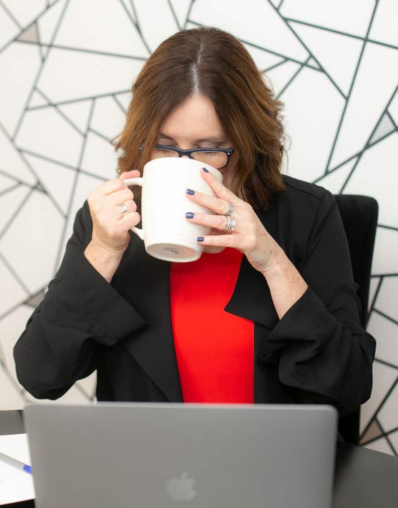 Kim-Scaravelli-drinking-coffee